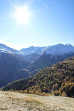Escursione del percorso nelle alpi di Julian Fotografia Stock