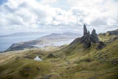 Escursione dell'uomo anziano dell'isola Skye Scotland Regno Unito 3 di Storr Fotografia Stock