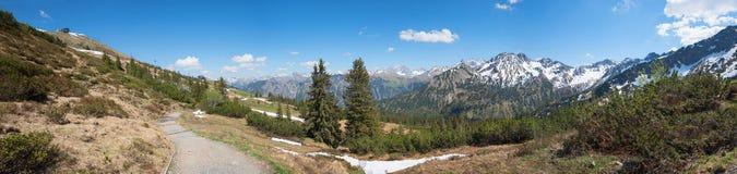 Escursione della montagna del fellhorn di area alle alpi di allgau Fotografia Stock