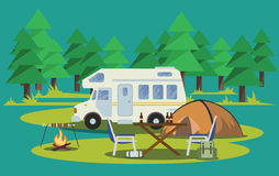 Escursione di estate Tenda, zaino e fuoco di accampamento Illustrazione di vettore Fotografia Stock