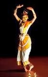 Esecutore di Mohiniyattam (ballo del enchantress) Immagini Stock Libere da Diritti