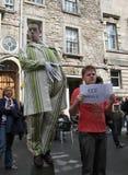 Esecutori durante il festival della frangia di Edinburgh immagini stock libere da diritti