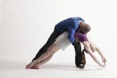 Esecuzione multietnica dei ballerini Immagini Stock