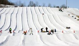 Esecuzioni della tubazione della neve Fotografie Stock