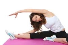 Esercitazione della donna di forma fisica Fotografie Stock Libere da Diritti