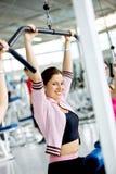 Esercitazione della donna di ginnastica Fotografia Stock Libera da Diritti
