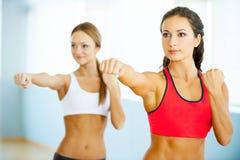 Esercitazione delle donne. Fotografia Stock Libera da Diritti