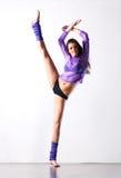 Esercitazioni di forma fisica della giovane donna Fotografia Stock