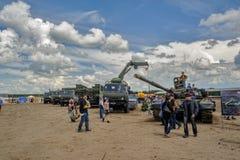 Esercito Games-2017 Concorso Tjumen'della via sicura La Russia Fotografie Stock