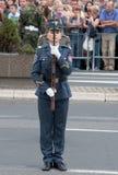 Esercizi dell'unità con weapons-1 Fotografia Stock Libera da Diritti