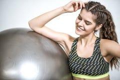 Esercizio della palla di yoga Fotografia Stock Libera da Diritti
