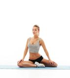 Esercizio sano delle donne di forma fisica in studio isolato Fotografie Stock