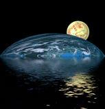 Esfera amarela sobre a água Imagem de Stock Royalty Free