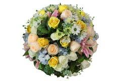 Esfera artificial del centro y de la decoración de flores en forma de la bola aislados en el fondo blanco para casarse y el tema  foto de archivo libre de regalías