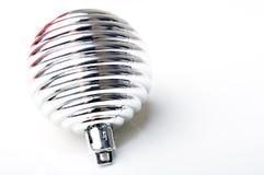 Esfera da prata do ornamento da decoração do ano novo do Natal Fotografia de Stock Royalty Free
