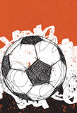 Esfera de futebol no fundo ondulado Fotos de Stock Royalty Free