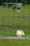 Esfera de futebol no objetivo Fotografia de Stock