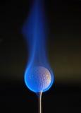 Esfera de golfe flamejante Foto de Stock