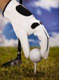 Esfera de golfe no T Imagem de Stock