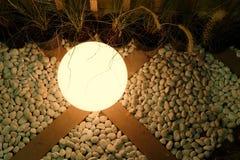 Esfera de la lámpara en piso Fotografía de archivo