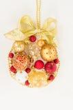 Esfera de suspensão do Natal Fotografia de Stock Royalty Free