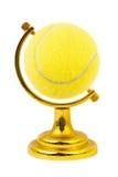A esfera de tênis gosta de um globo foto de stock royalty free