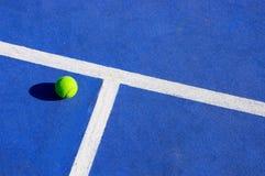 Esfera de tênis Foto de Stock Royalty Free