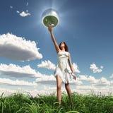 Esfera del espejo de la explotación agrícola de la mujer ilustración del vector