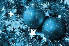 Esfera del vidrio de la Navidad Fotos de archivo
