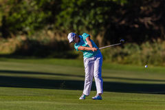 Esfera do balanço da menina do golfe   Fotos de Stock