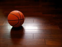 Esfera do basquetebol Fotos de Stock Royalty Free