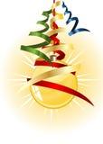 Esfera do Natal com a fita sobre o fundo branco ilustração stock