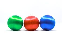 Esfera do Natal isolada no fundo branco Fotos de Stock Royalty Free