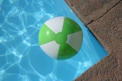 Esfera e água Fotos de Stock