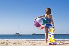 Esfera e toalha Fotografia de Stock Royalty Free
