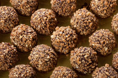 Esfera Handmade dos chocolates Imagem de Stock Royalty Free