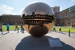 Esfera moderna da instalação no Vaticano Fotografia de Stock