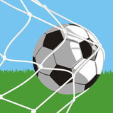 Esfera no objetivo - futebol Fotografia de Stock