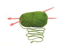 Esfera verde das lãs Imagem de Stock Royalty Free