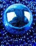 Esfera y gotas Foto de archivo
