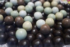 Esferas clasificadas del chocolate foto de archivo