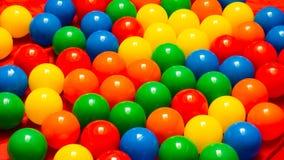 Esferas coloridas plásticas Fotos de Stock