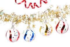Esferas comemorativos do ouropel diferente da cor e das estrelas Imagem de Stock Royalty Free