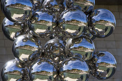 Esferas da escultura 80, artista indiano Anish Kapoor Imagem de Stock