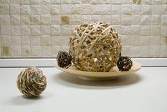 esferas da palha na ainda-vida da cozinha Imagem de Stock