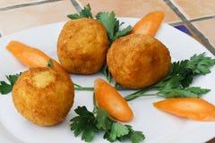 Esferas de arroz fritado Fotografia de Stock