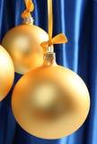 Esferas de vidro amarelas boas para o fundo Fotografia de Stock Royalty Free