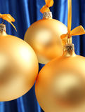 Esferas de vidro amarelas boas para o fundo Imagens de Stock Royalty Free