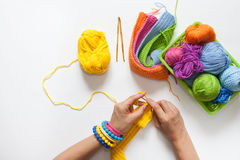 Esferas do fio colorido Vista de acima Todas as cores do ra Fotografia de Stock Royalty Free