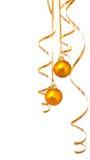 Esferas do ouro com ouropel Imagem de Stock